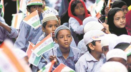 Uttar pardesh government, madarsa flag hoisting, compulsory flag hoisting, independence day, yogi government, yogi adityanath, jamia islamia madarsa, indian express news, india news