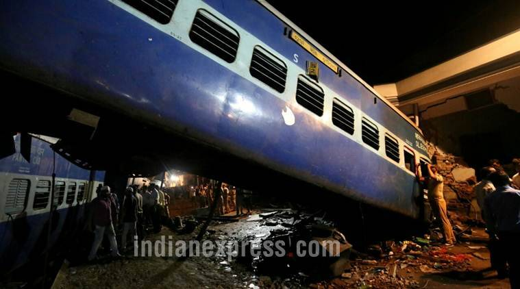 utkal express, utkal express derailment, kalinga utkal express derails, utkal train accident, kalinga utkal express accident, kalinga utkal train accident,muzaffarnagar train derailment, puri-haridwar-kalinga express accident, uttar pradesh