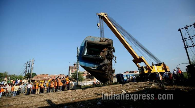 utkal express, train accident pics, train derailment photos, up train accident images, uttar pradesh, utkal express accident, indian express