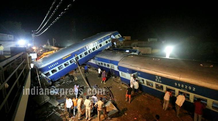 utkal express, utkal express accident, train accident, utkal express derailment, muzaffarnagar train accident, muzaffarnagar train derailment, kalinga utkal express derails, kalinga utkal express accident, kalinga utkal train accident,puri-haridwar-kalinga express accident, uttar pradesh, india news, indian express