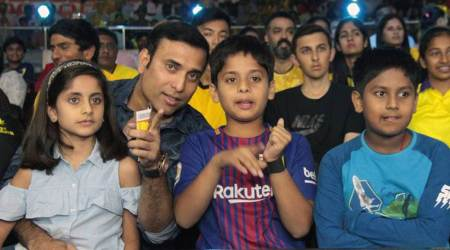 Pro Kabaddi 2017: VVS Laxman enjoys time with kids, cheers for Telugu Titans