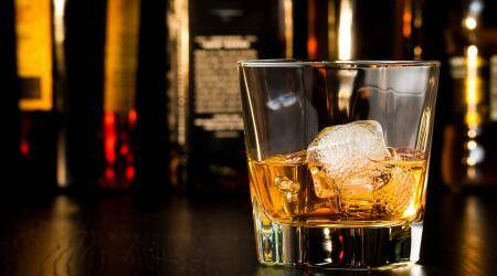 why we drink whisky with water, whisky water why, best add on to whisky