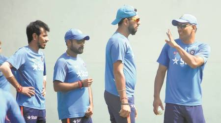 With eye on future, selectors shelve Yuvraj Singh experiment
