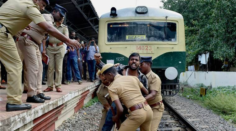 Anitha suicide, Dalit girl suicide, NEET, MBBS aspirant death, who is anitha, National Eligibility and Entrance Test, Tamil Nadu, Dalits, Anitha photo, AIADMK, DMK, india news, indian express