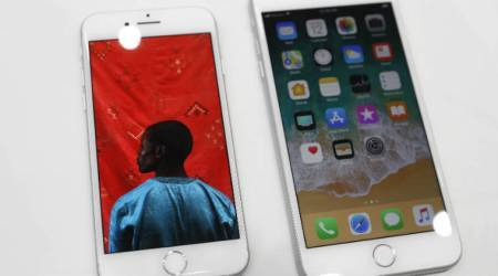 Apple iPhone 8, Apple iPhone 8 Plus, iPhone 8 cashback, iPhone 8 India price, Apple iPhone 8 cashback, Apple iPhone 8 price in India, iPhone 8 price in India, iPhone 8 specifications, Apple, Reliance Digital, iPhone 8 buyback offer, iPhone 8 offer, Reliance Digital iPhone offer