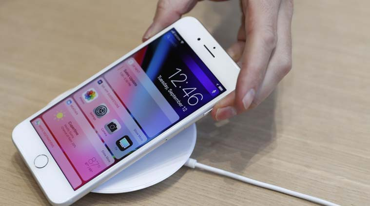 Apple, iphone battery swelling, iphone battery issue, iphone faulty battery, iphone drawbacks, iphone complaints, iPhone 8 drawbacks, iphone, apple news, tech news, indian express news