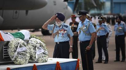 IAF Marshal Arjan Singh passes away: See rare photos from Express archives