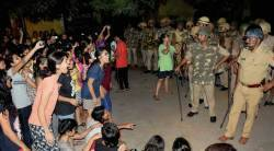 bhu, bhu protest, bhu students protest, bhu violence, banaras hindu university, bhu lathicharge, bhu women, bhu women students, BHU vc, varanasi, yogi adityanath, latest news, indian express