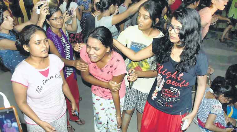 bhu, banaras hindu university, bhu lathicharge, bhu girls, bhu students, bhu boys, bhu vc, molestation, eve-teasing, bhu news, india news, uttar pradesh, indian express news