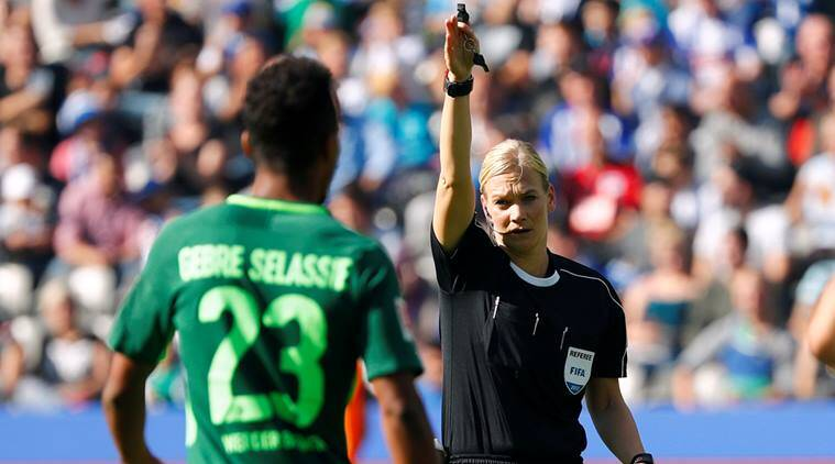 German female ref makes history as Leckie nets again
