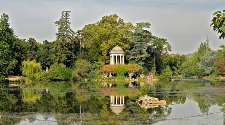 Camping Bois De Vincennes - PARIS opens its first NUDIST PARK zone, but no voyeurism or exhibitionism will be allowed The