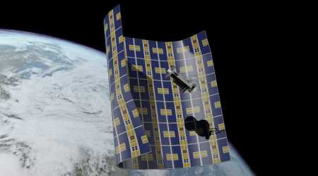 Ultra-thin craft may wrap and destroy space junk