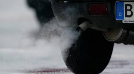 Carmakers face billions in European CO2 fines from 2021:Study