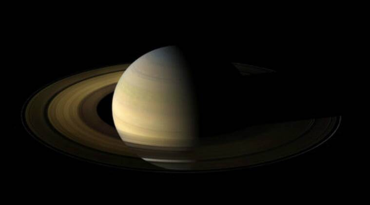 Cassini, Saturn, Cassini Mission, Cassini self-destruction, Cassini Saturn snapshots, Saturn images, Saturn ring images, Saturn moon images, Jet Propulsiojn Laboratory, Cassini probe, Cassini final plunge, Saturn atmosphere