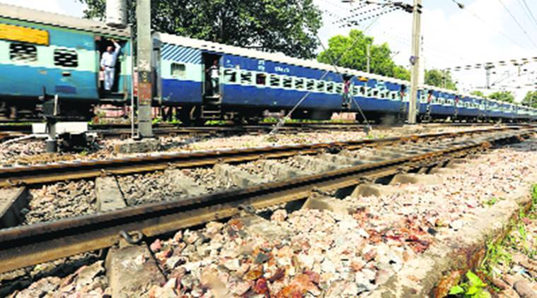 Railway accident, snatching, railway crime, RPF, woman dead, India news, city news, Indian Express
