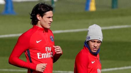PSG deny offering Edinson Cavani one million euros to give up penalties for Neymar