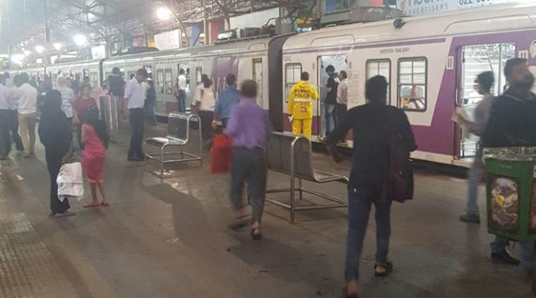 Elphinstone road, Elphinstone station, parel station, churchgate station, stampede, mumbai stampede, Elphinstone stampede, footover bridge stampede, mumbai news, Prabhadevi station, mumbai station stampede,