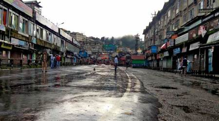 Several shops reopen in Darjeeling hills, as shutdown continues for 87th day