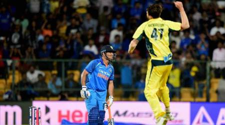 India's winning streak ends with 21-run defeat in 4th ODI vs Australia