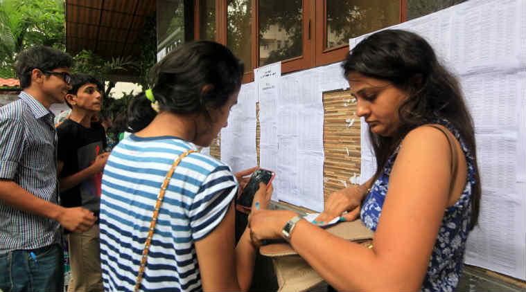 Confusion over 'mandatory' Hindi test in Delhi University
