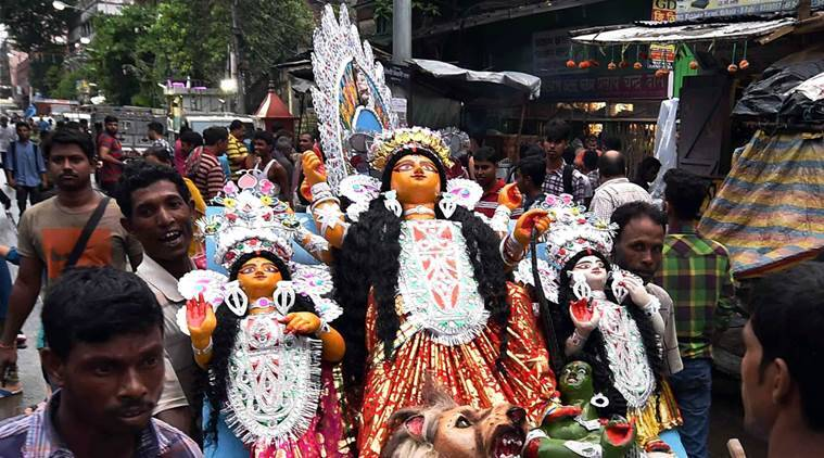 Durga Puja in Kolkata, durga puja pandal, kolkata, durga puja in kolkata, demonetisation theme, kolkata durga puja,