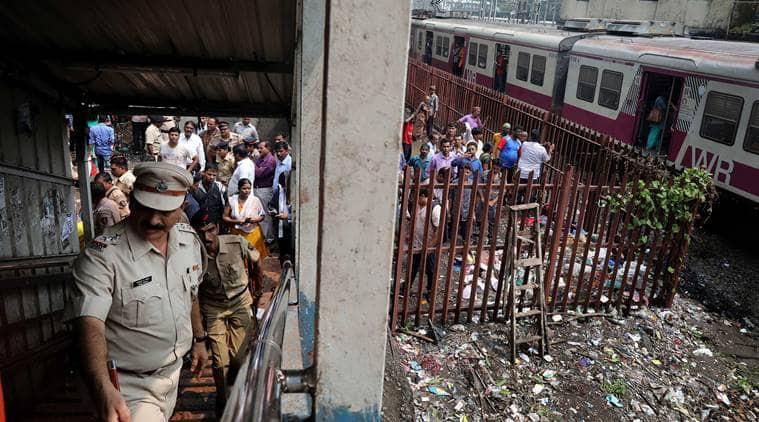Mumbai stampede,Elphinstone Road station stampede,mumbai stampede death toll, Elphinstone stampede, Elphinstone Railway station stampede,Elphinstone foot overbridge, mumbai railway stampede, stampede, Devendra Fadnavis, Piyush Goyal, indian express