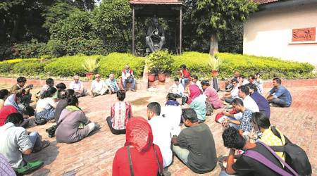'Karwan' to oppose mob lynchings drops by Delhi
