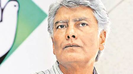 Partap Singh Bajwa lobbies for wife's ticket in Delhi, Jakhar camp starts campaign