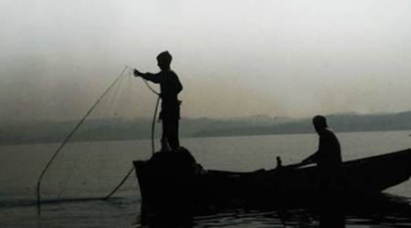 Eight Tamil Nadu fishermen held by Sri Lankan Navy