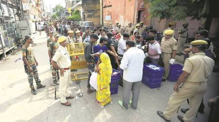 Jaipur's walled city remains under curfew as talksfail