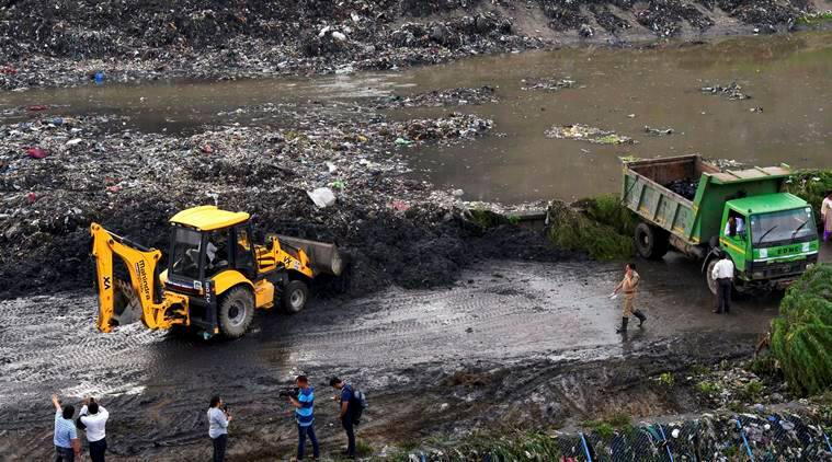 Ghazipur landfill collapse, Delhi LG garbage collapse, Anil Baijal, Delhi garbage, Ghazipur landfill, India news, Indian Express