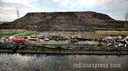 ghazipur news, ghazipur, gazipur delhi, ghazipur landfill pics, garbage dump gazipur pics, ghazipur delhi landfill photos, gazipur landfill site images, ghazipur landfill site delhi, gazipur, ghazpur landfill, ghazipur dumping ground, gazipur news, gazipur delhi news, ghazipur garbage dump, landfill, indian express