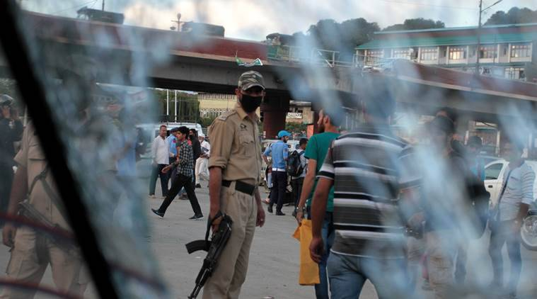 Killed, 14 Injured In Grenade Attack In Srinagar