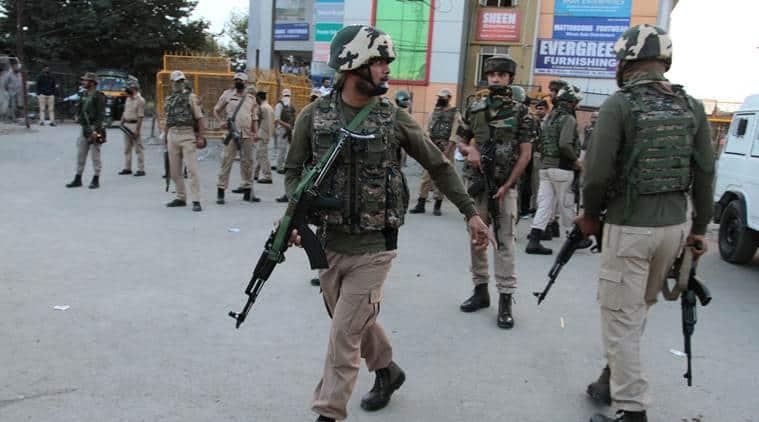 grenade blast, srinagar, srinagar grenade attack, jahagir chowk, jahagir grenade attack, jammu and kashmir