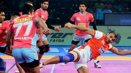 Haryana Steelers beat Jaipur Pink Panthers 30-26 in PKL