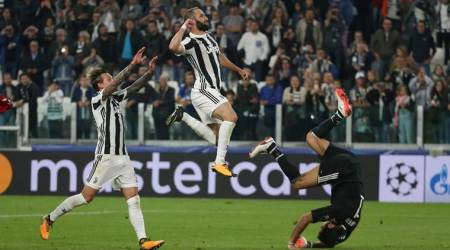 Gonzalo Higuain proves catalyst in Juventus' win against Olympiakos