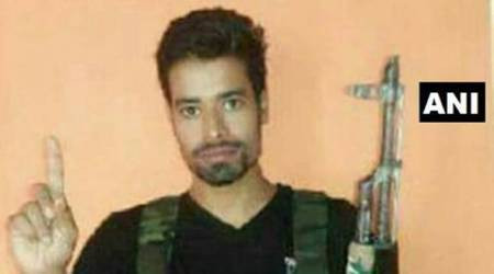 hizbul mujahideen, adil ahmed bhat arrested, anantnag police, j&k, Jammu and kashmir, latest news, indian express