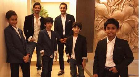 Hrithik Roshan's 'quest for perfect pic' leaves son Hrehaan and Hridhaan feeling hungry