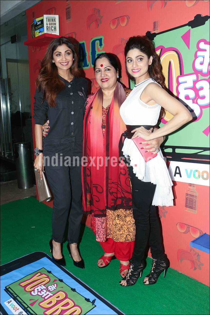 shamita shetty, shamita shetty show, shamita shetty mother, shilpa shetty mother, shilpa shamita photos, shilpa shetty family photo