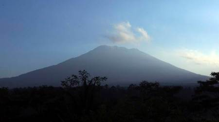 Exodus from Bali volcano nears 1,00,000 amid frequent tremors