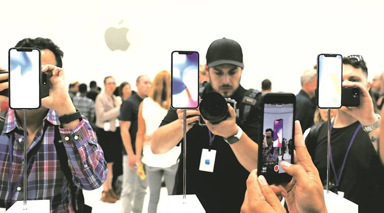 Apple, iPhone X, iPhone X release date, iPhone X features, iPhone X specifications, iPhone X price in India, iPhone 8, iPhone 8 price in India, iPhone 8 features, iPhone 8 Plus, iPhone 8 Plus price, technology, technology news