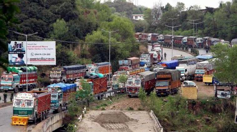 Maharashtra: 26 lakh truck owners threaten indefinite strike against diesel price from June 18