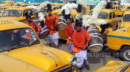 Durga Puja is here! Dhakis from suburbs arrive in Kolkata for the grand festival