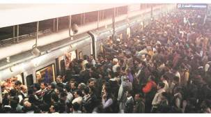 Delhi Metro lost three lakh commuters a day after fare hike on October 10: RTIdata