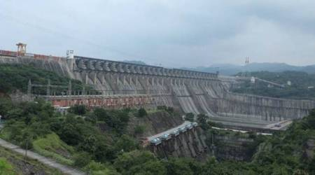 Live storage of Narmada dam reaches 111.37 metres, to last till February end