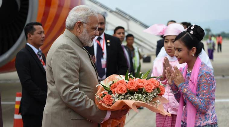 Modi stands by Suu Kyi