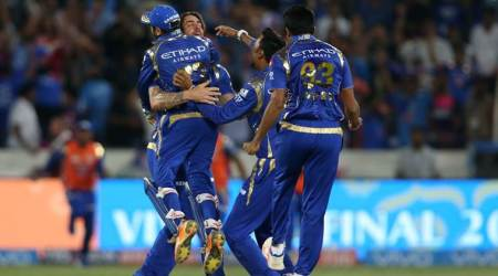Facebook bids $600 million to livestream IPL matches