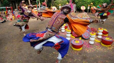 Navratri 2017: People gear up for Navratri celebrations with shopping and Garba across India