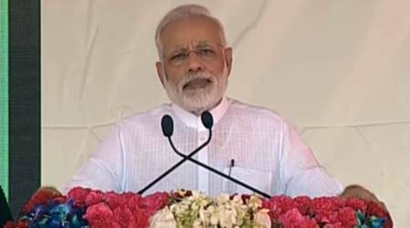 Narendra Modi in Varanasi: 'Swachhata' has to become 'Swabhav', says PM at farmers' rally