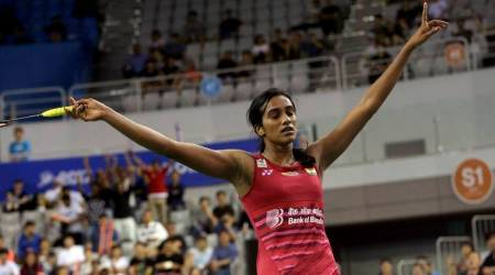 PV Sindhu books semifinals spot, Kidambi Srikanth falters again in Dubai World Super Series Finals